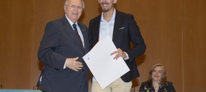 El Colegio de Graduados Sociales entrega el título al mejor expediente de Relaciones Laborales y Recursos Humanos de la Universidad de Cádiz