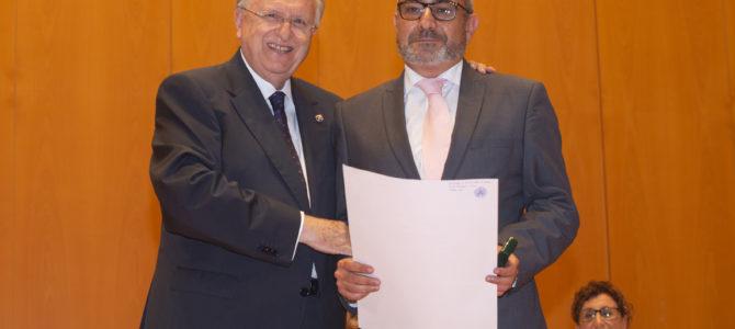 El Colegio de Graduados Sociales entrega el título al mejor expediente de Relaciones Laborales y Recursos Humanos 2014-2019, primer acto oficial del nuevo rector